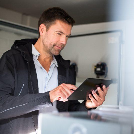 Einsatzplanung Disposition mit der NEO Mobile Suite einen direkten Draht zum Techniker